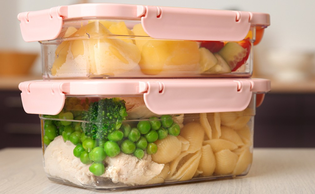 How To Transport Food Safely width=
